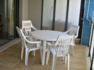 Terraza de un apartamento en alquiler y venta de dos dormitorios en Alcossebre