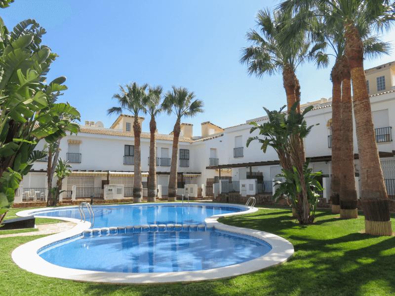 Visítanos a nuestra inmobiliaria en Alcossebre para descubrir más apartamentos como éste