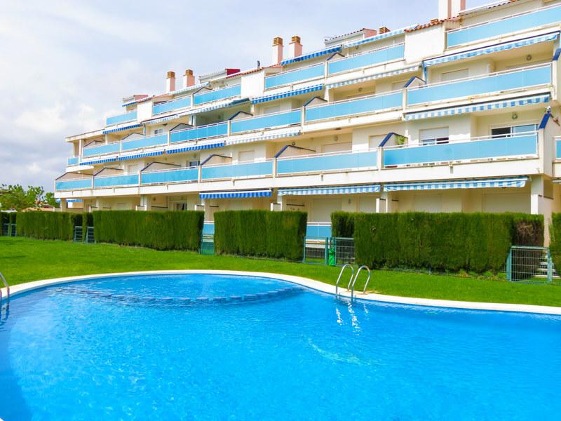 Apartamento en planta baja en la playa del Moro.
